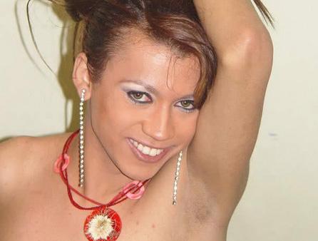 """Korisničko ime: Marica Godina: 25 Grad: Beograd / Srbija O sebi: Moje ime je Marica, živim u Zemunu već dugi niz godina. Obožavam da neobavezno ćaskam sa nestašnim momcima. Vesele sam prirode, druželjubiva i veoma prijatna. Moj veliki """"problem"""" je […]"""