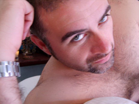 Korisničko ime: Vuk Godina: 37 Grad: Beograd / Srbija O sebi: Za sebe mogu da kažem da sam ambiciozan i uspešan poslovan čovek. Ali u ljubavnom životu nisam imao puno sreće. Razveden sam već par godina, pošto sam otkrio svoje […]